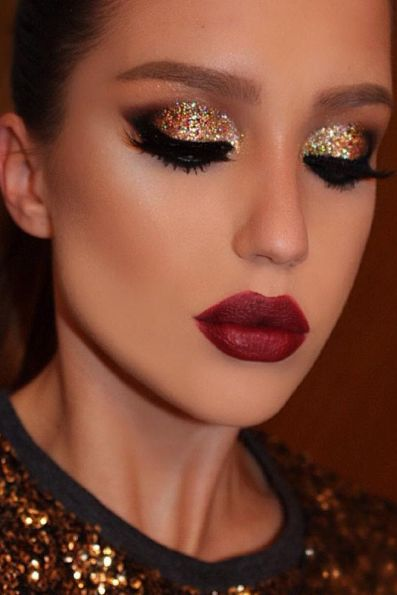 6f7dfdfb1e9ad74ec82300778198490c--gold-and-red-eyeshadow-gold-eyes-red-lips
