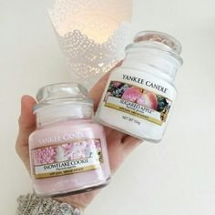 524291ab735989ef4eada1af36df6d18--yankee-candles-the-queen934240554243832620.jpg